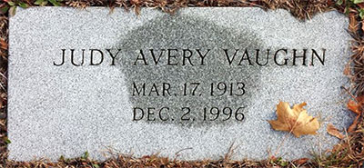 Headstone of Julia Avery Vaughn 1913 - 1996