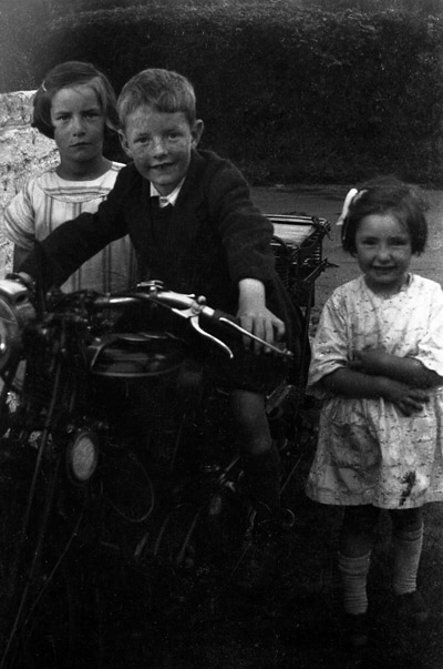 Ruby, Bobby and Mabel Speers circa 1929